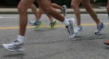 Consejos para elegir las zapatillas correctas Medicina Deportiva