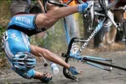 Ciclistas que besan el suelo Medicina Deportiva