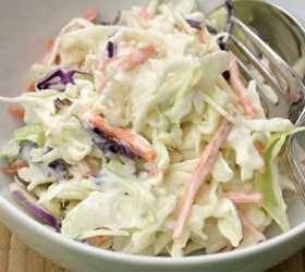 Ensalada de col y cebolla Recetas Saludables