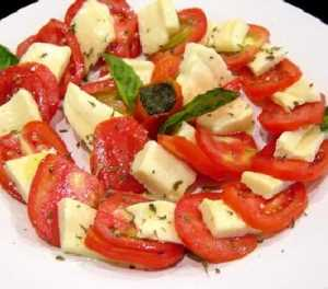 Ensalada simple de tomate Recetas Saludables