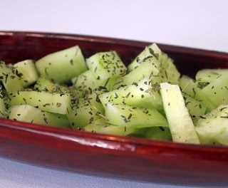 Pepinos a la hierba buena Recetas Saludables