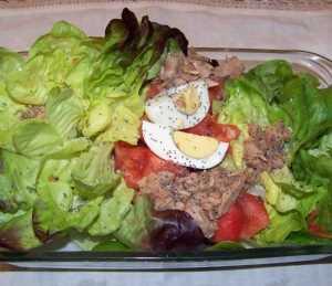 Ensalada de lechuga y huevo duro Recetas Saludables